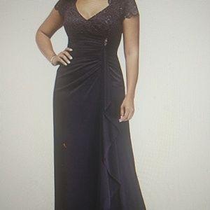 Gathered Jersey w/Lace bodice Dress